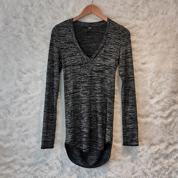 Wilfred Free Long Sleeve with Back Slit